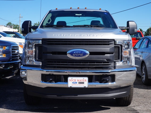 2017 F-350 Regular Cab 4x4 Pickup #F1305 - photo 3