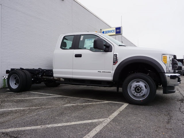 2017 F-550 Super Cab DRW 4x4, Cab Chassis #F2553 - photo 2