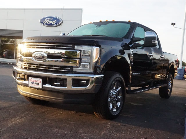 2017 F-350 Crew Cab 4x4 Pickup #F2978 - photo 4