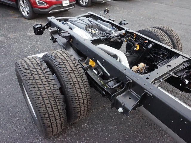2017 F-350 Regular Cab DRW, Cab Chassis #F3003 - photo 5