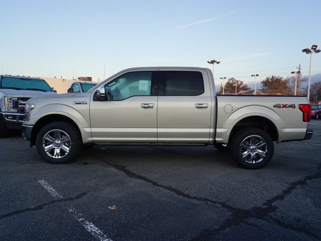 2018 F-150 Crew Cab 4x4 Pickup #F3524 - photo 3