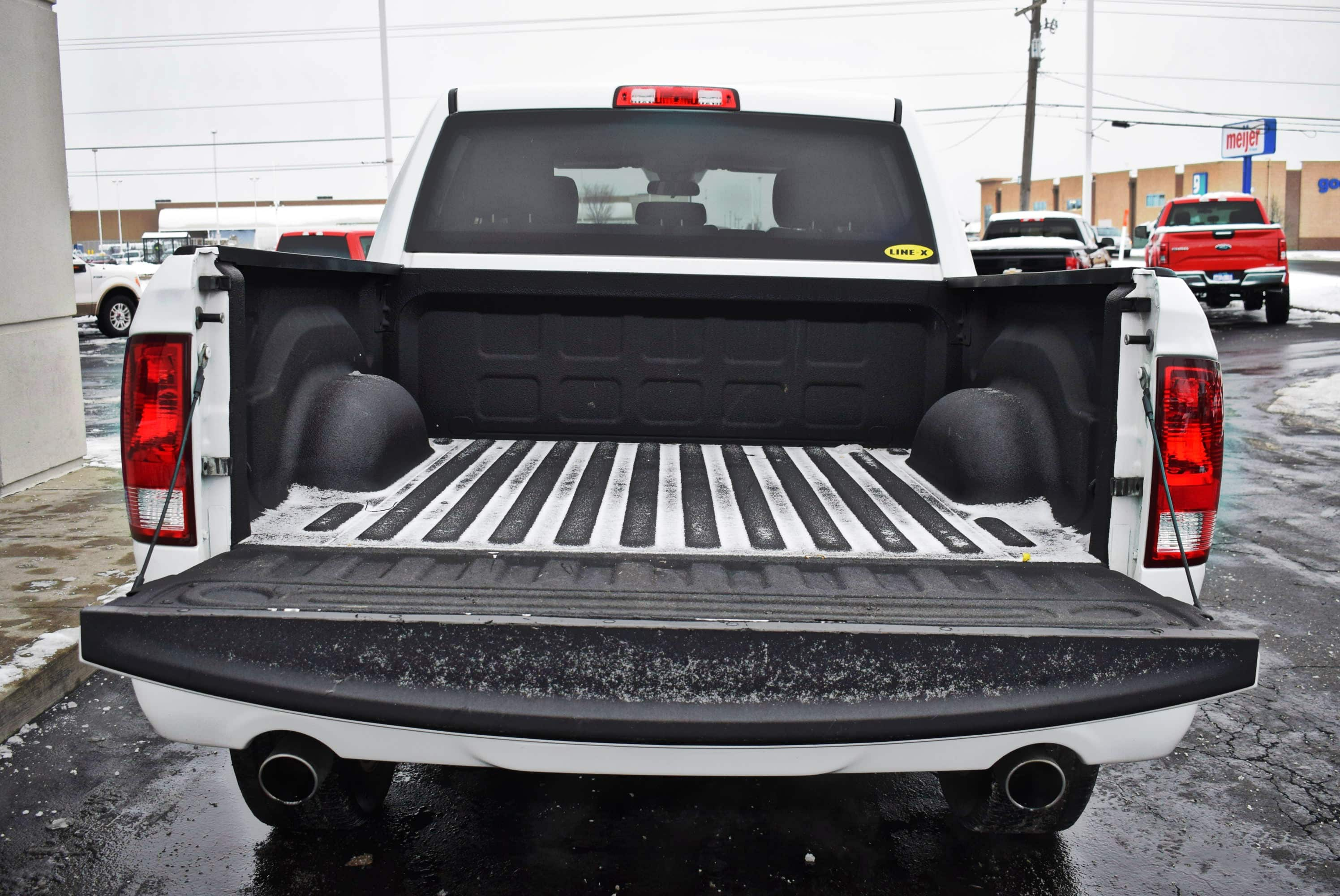 2017 Ram 1500 Crew Cab 4x4,  Pickup #T181008A - photo 12