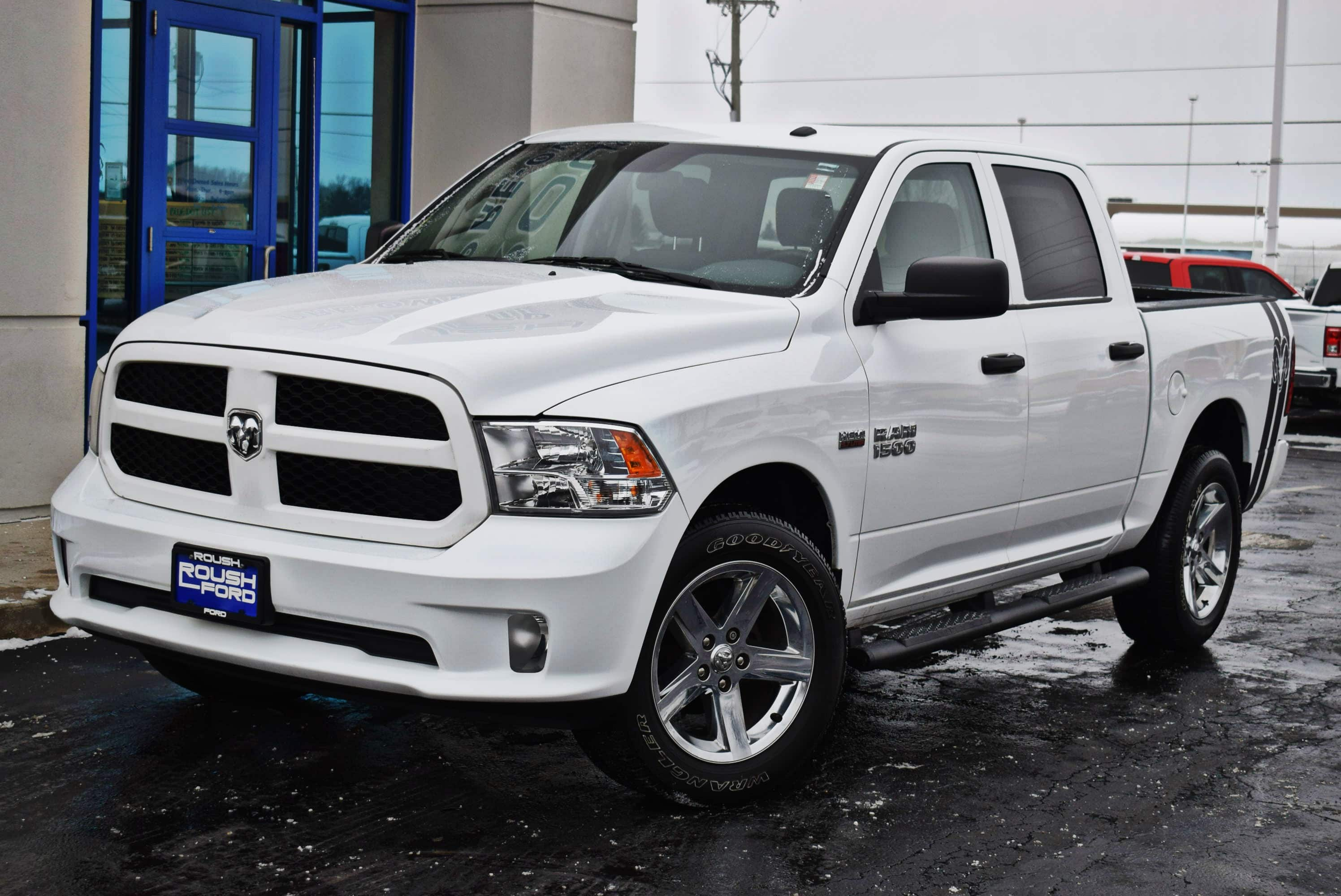 2017 Ram 1500 Crew Cab 4x4,  Pickup #T181008A - photo 6