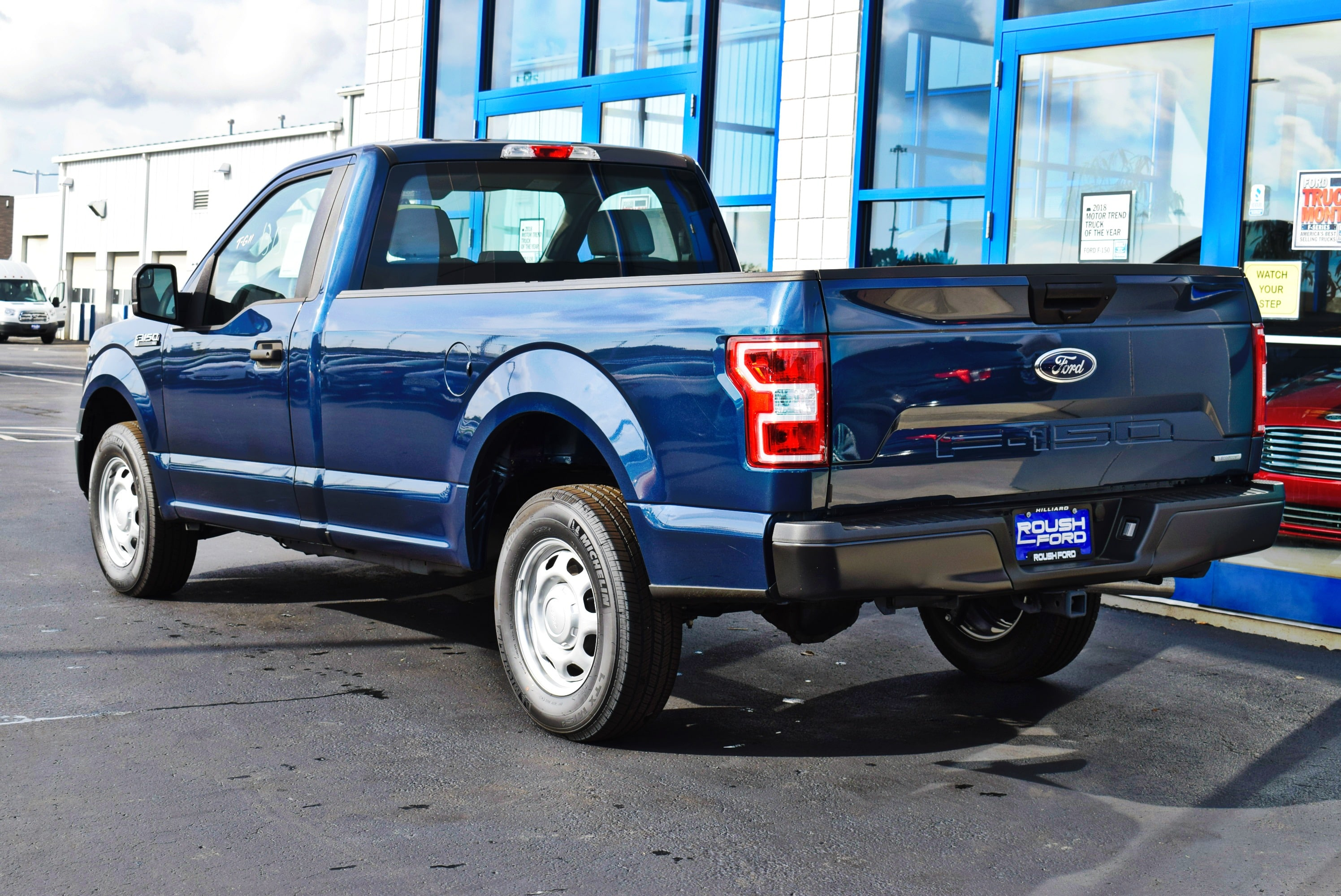 2018 F-150 Regular Cab 4x2,  Pickup #T18165 - photo 9