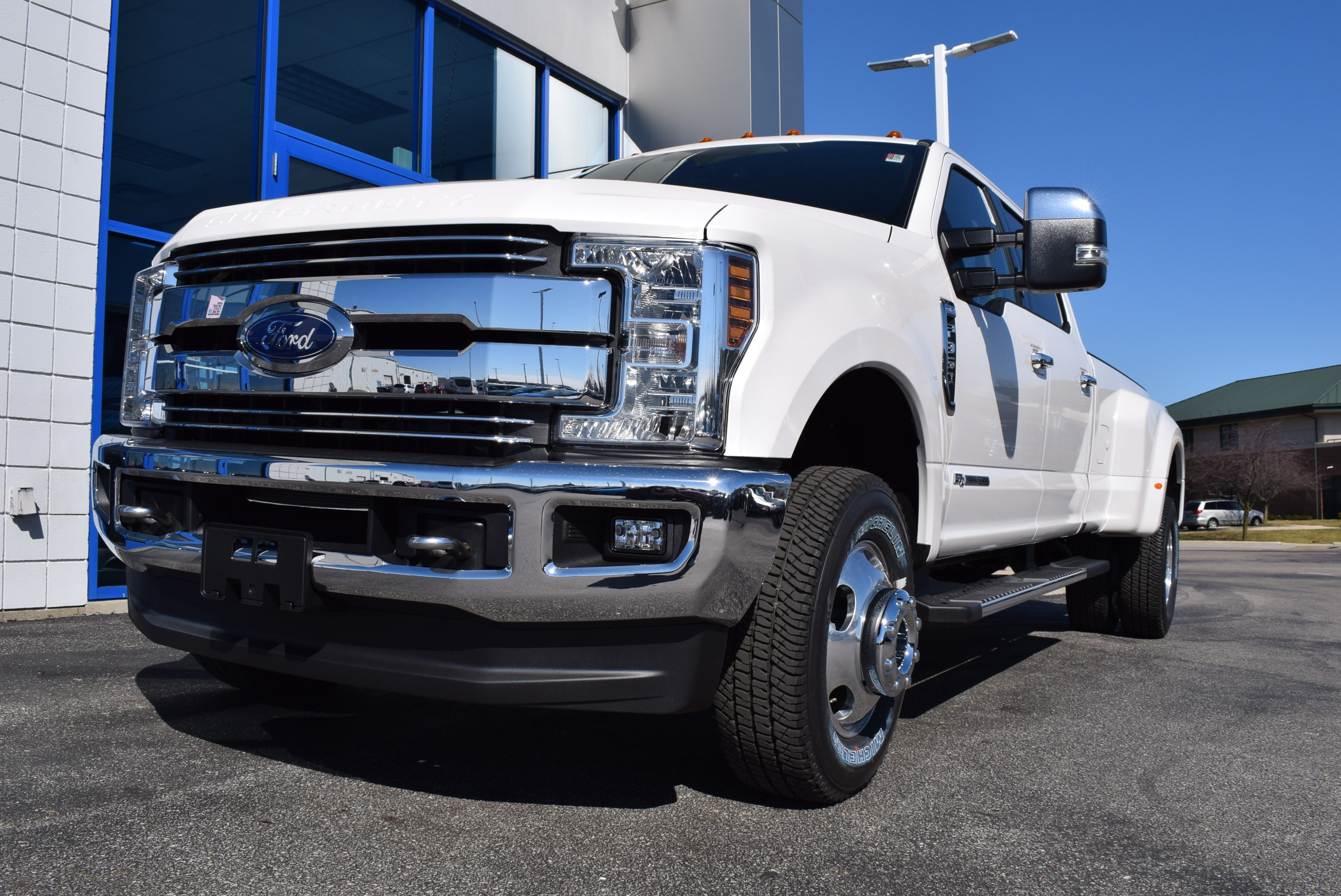 2018 F-350 Crew Cab DRW 4x4,  Pickup #T18404 - photo 3
