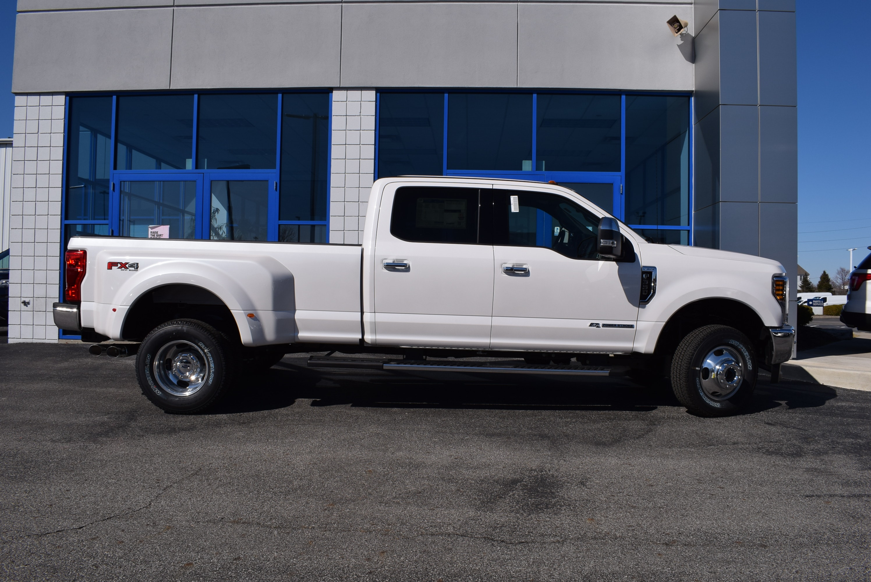 2018 F-350 Crew Cab DRW 4x4,  Pickup #T18404 - photo 5
