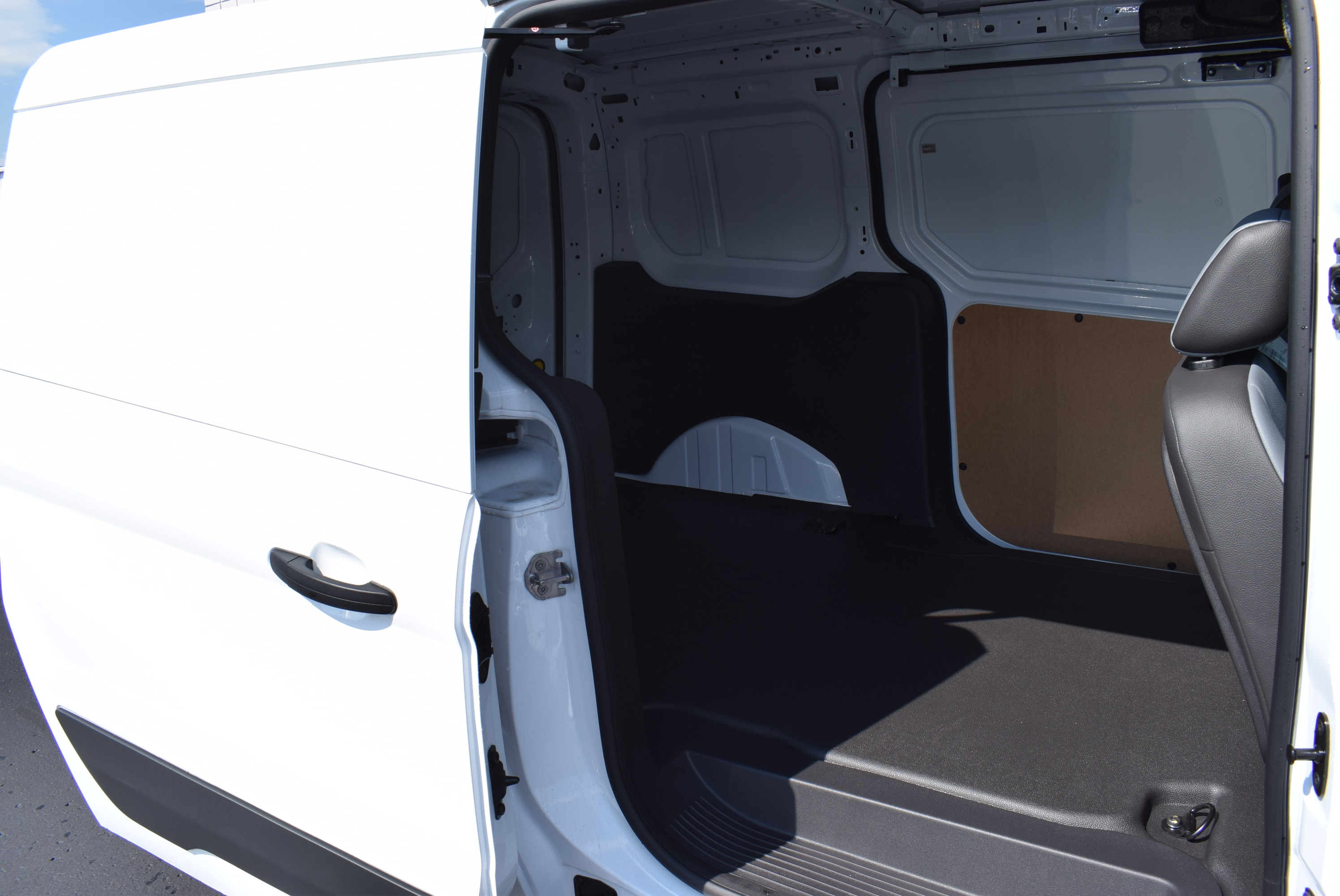2018 Transit Connect 4x2,  Empty Cargo Van #T18470 - photo 12