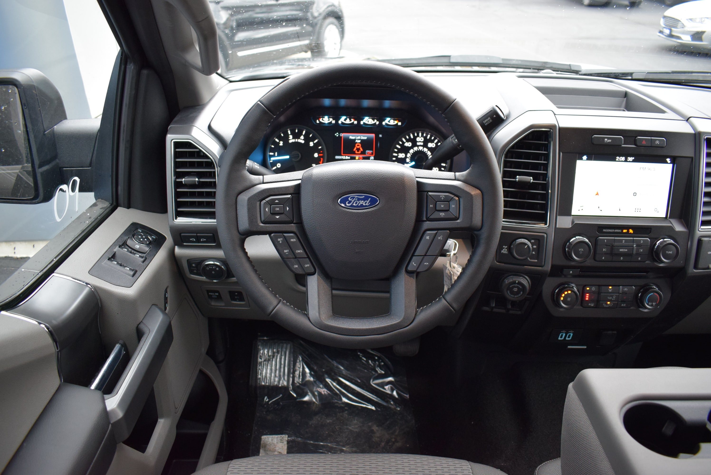 2018 F-150 SuperCrew Cab 4x4,  Pickup #T18970 - photo 22