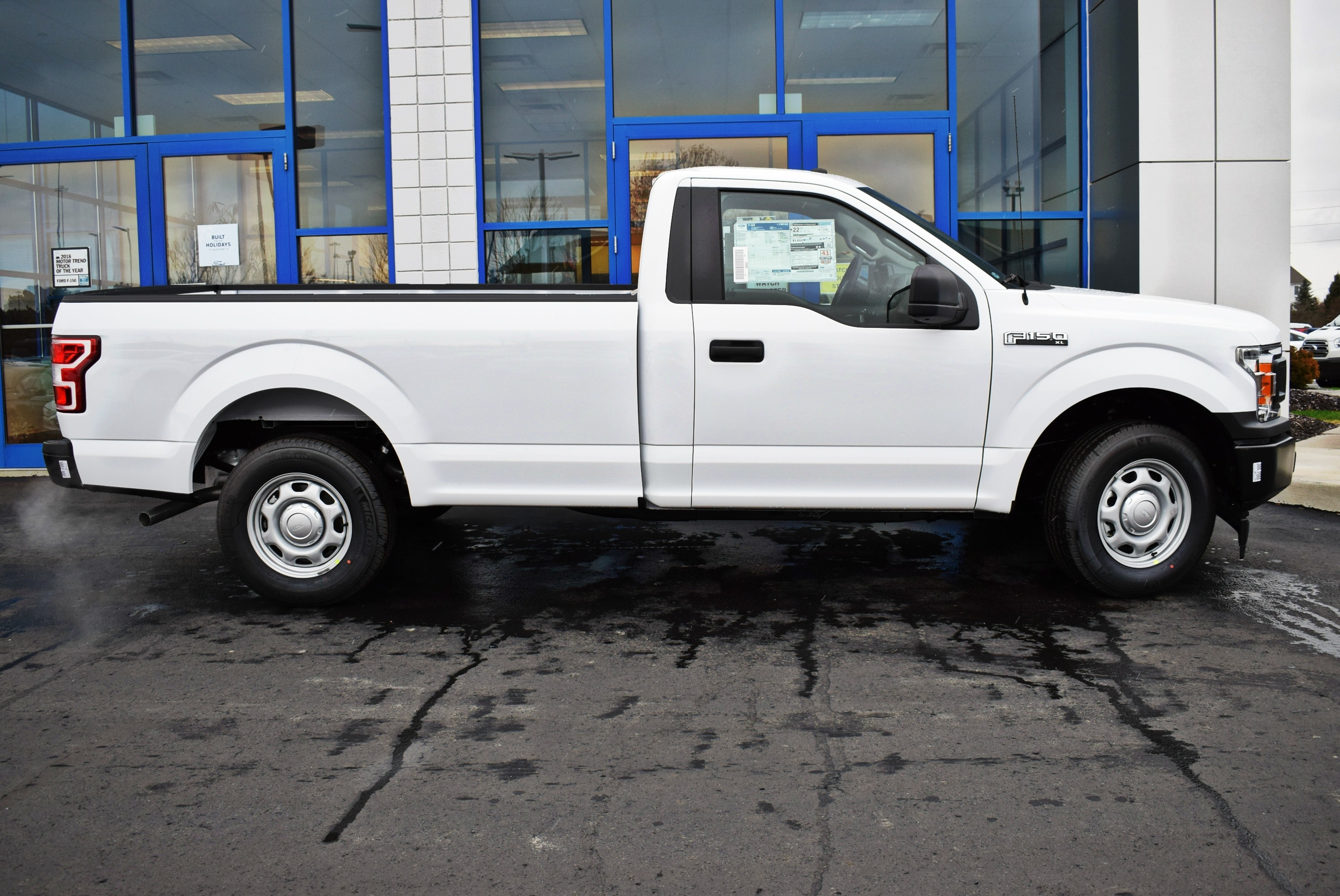 2018 F-150 Regular Cab 4x2,  Pickup #T18999 - photo 7