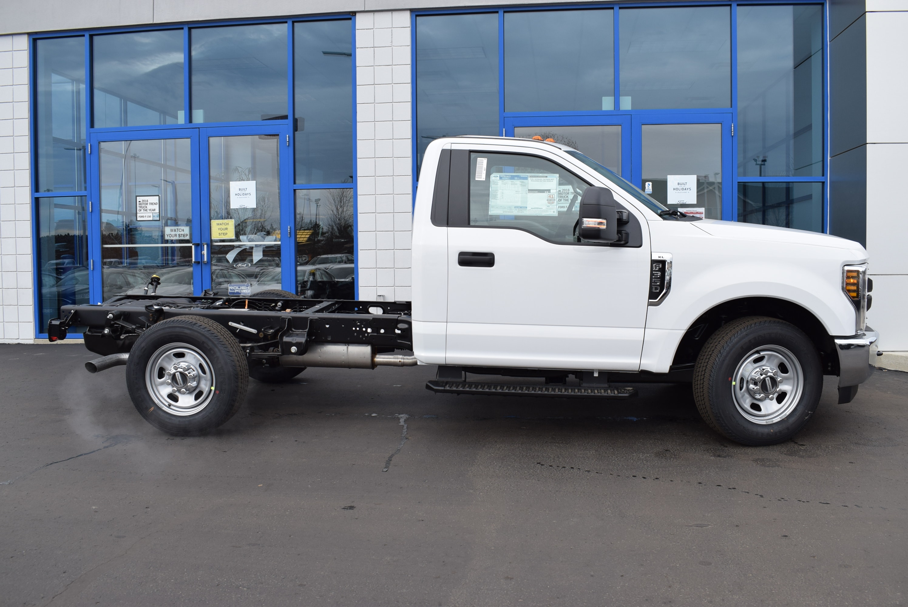 2019 F-350 Regular Cab 4x2,  Cab Chassis #T19103 - photo 7