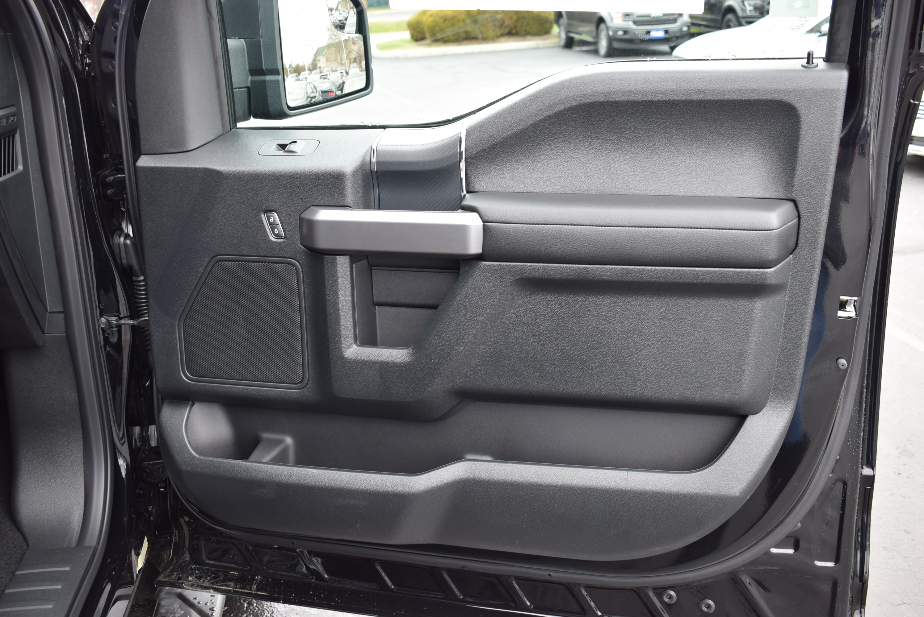 2019 F-150 SuperCrew Cab 4x4,  Pickup #T19119 - photo 13