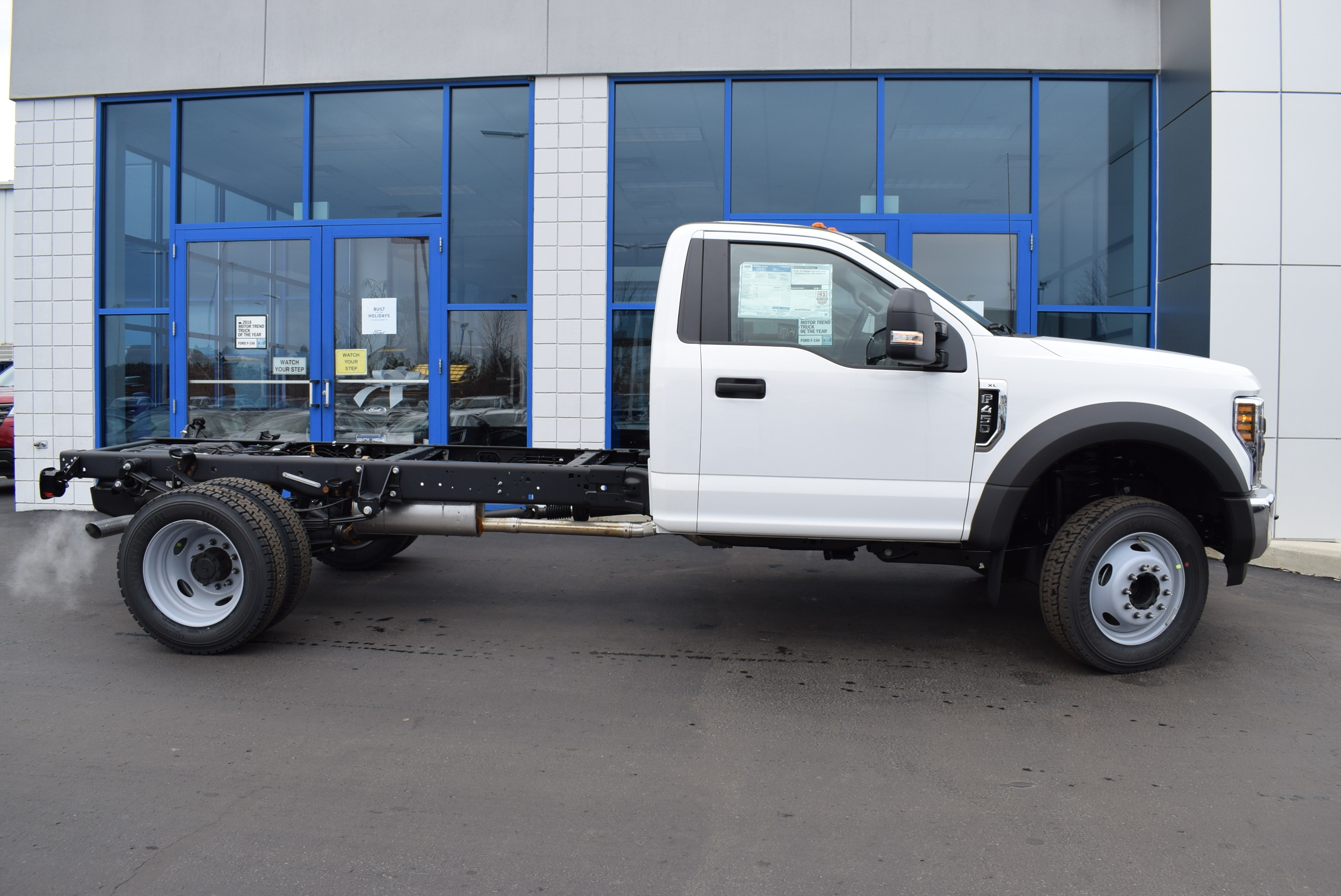 2019 F-450 Regular Cab DRW 4x2,  Cab Chassis #T19147 - photo 7