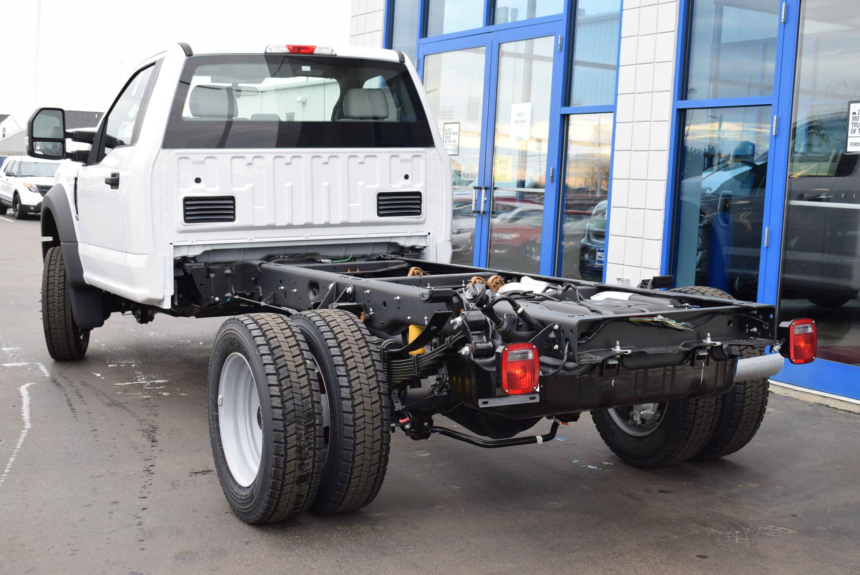 2019 F-450 Regular Cab DRW 4x2,  Cab Chassis #T19147 - photo 9
