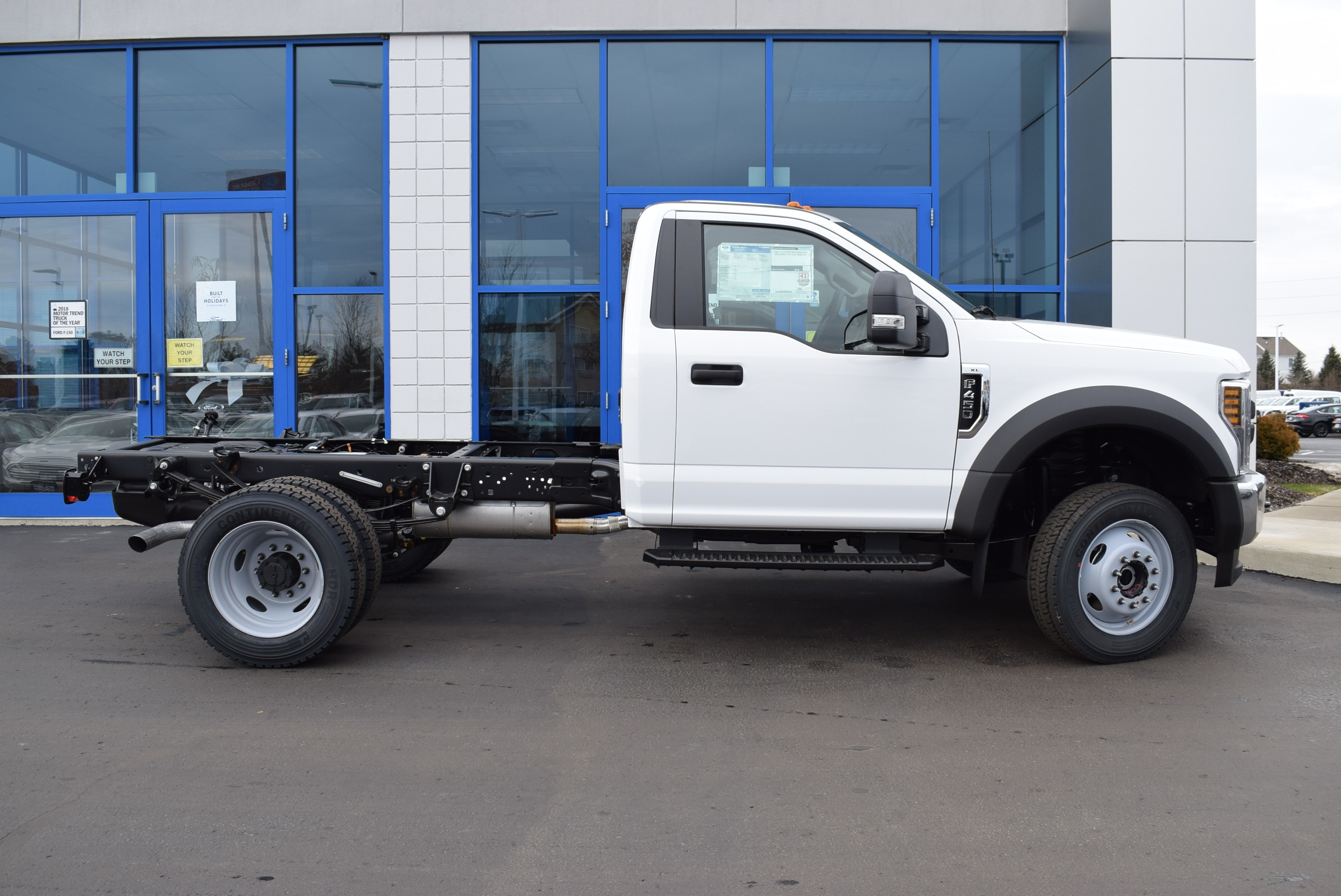 2019 F-450 Regular Cab DRW 4x4,  Cab Chassis #T19148 - photo 7