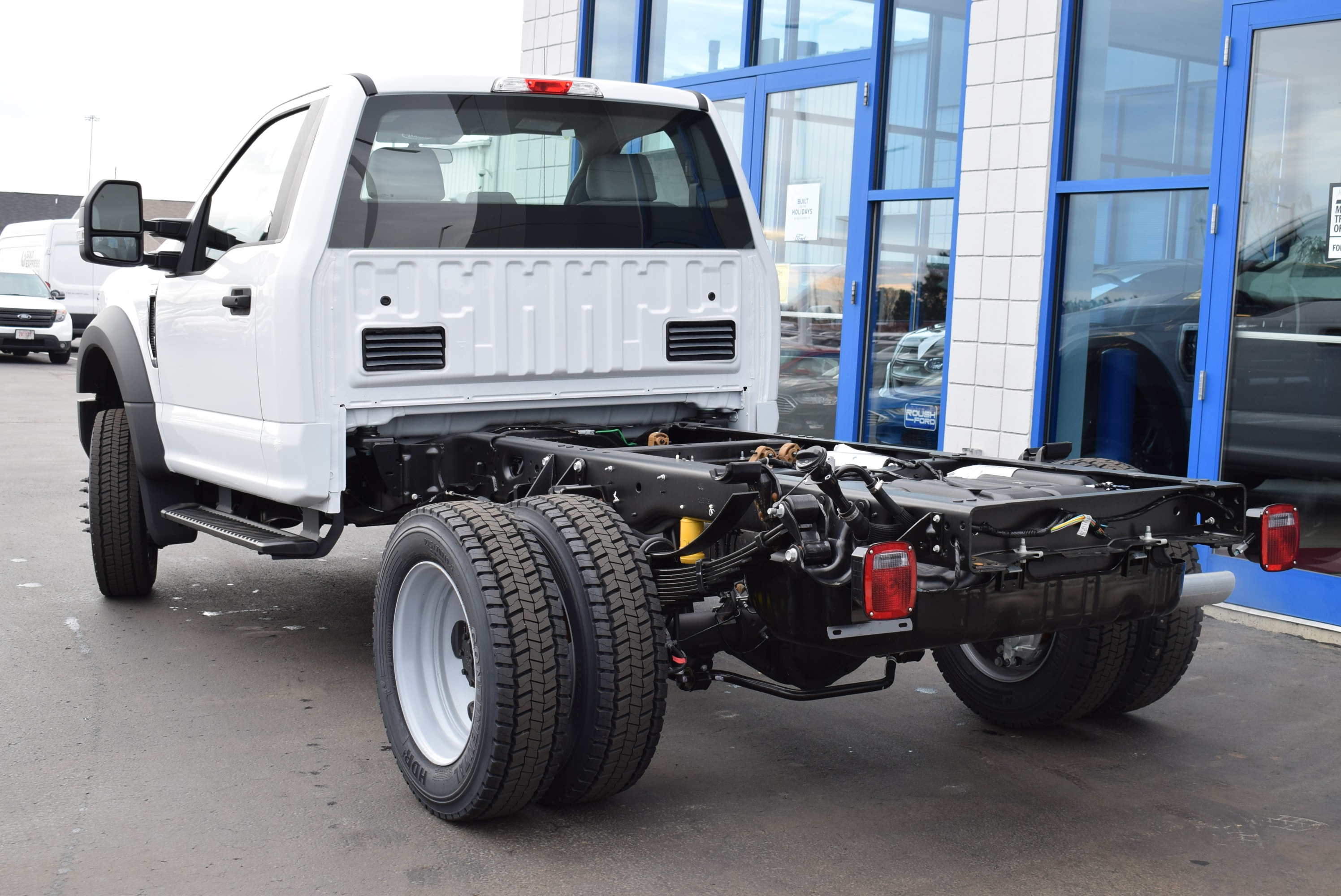 2019 F-450 Regular Cab DRW 4x4,  Cab Chassis #T19148 - photo 9