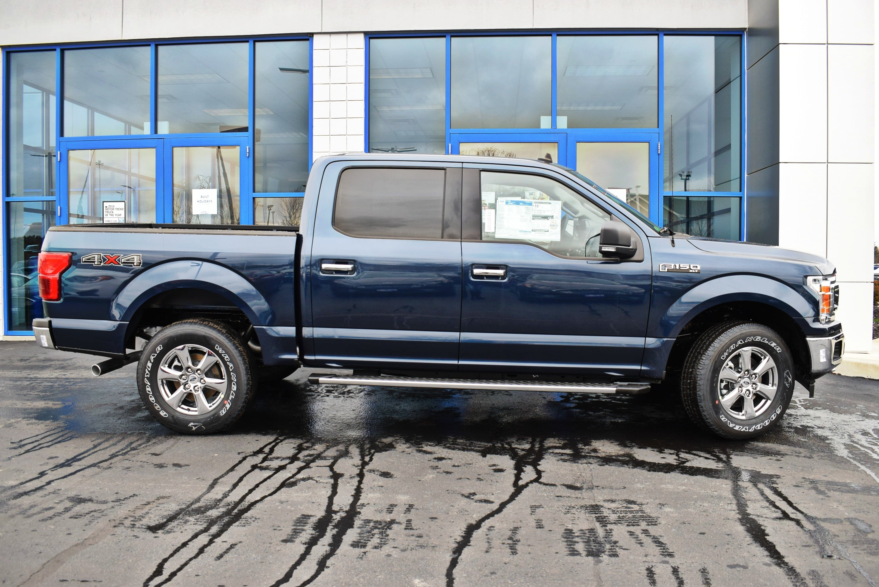 2019 F-150 SuperCrew Cab 4x4,  Pickup #T19155 - photo 7