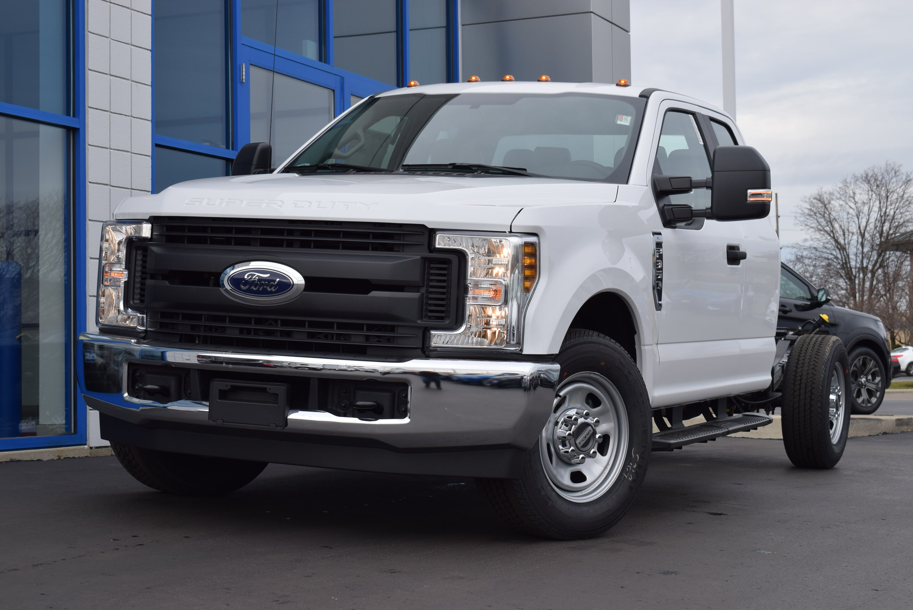 2019 F-350 Super Cab 4x2,  Cab Chassis #T19162 - photo 4