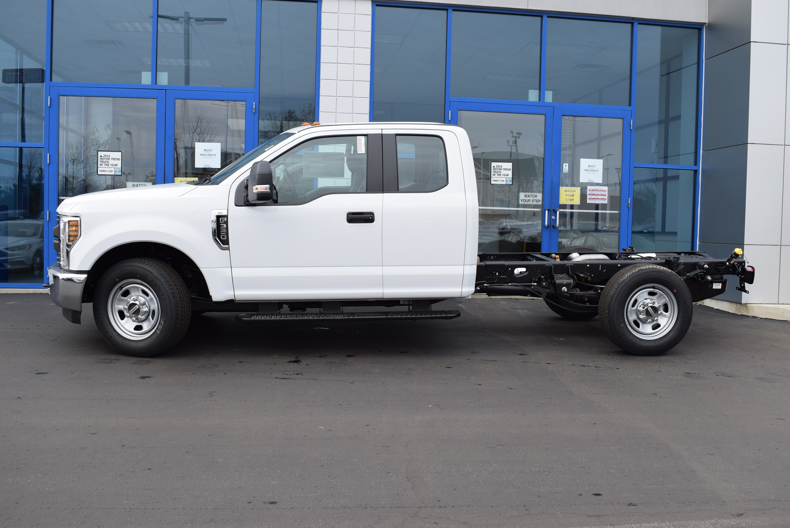 2019 F-350 Super Cab 4x2,  Cab Chassis #T19162 - photo 8