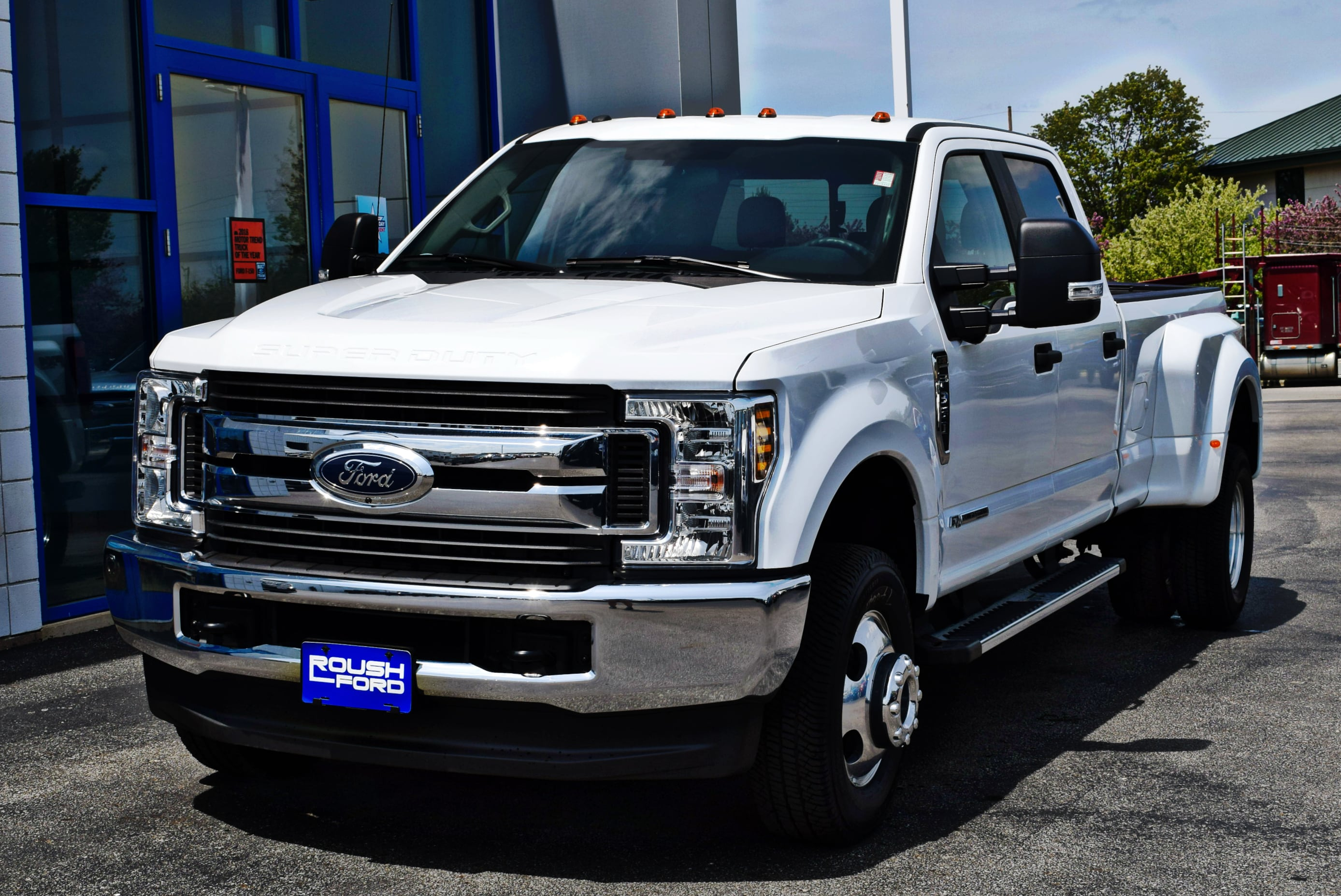 2018 F-350 Crew Cab DRW 4x4, Pickup #TD18455 - photo 5