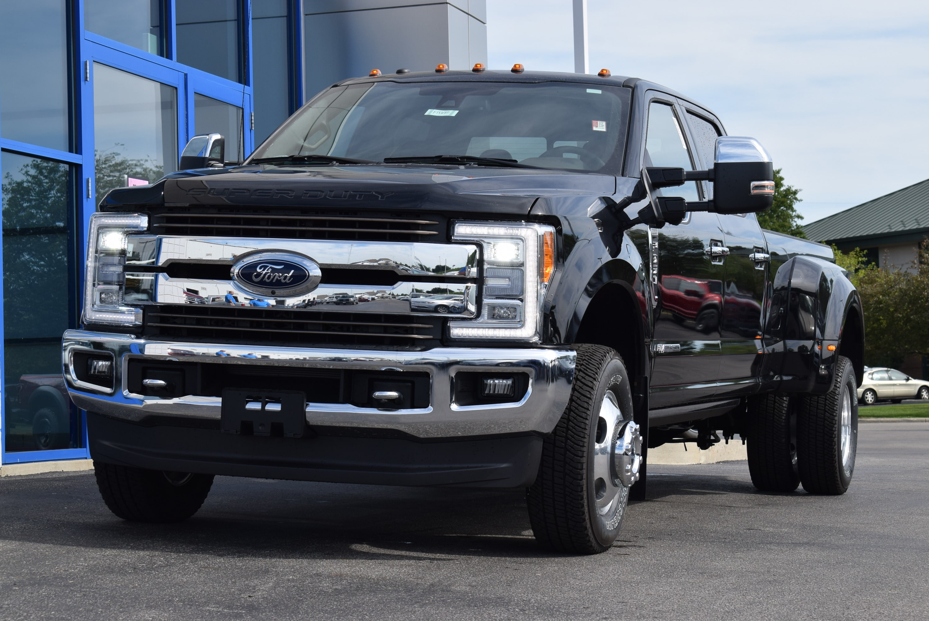 2018 F-350 Crew Cab DRW 4x4,  Pickup #TD18655 - photo 4
