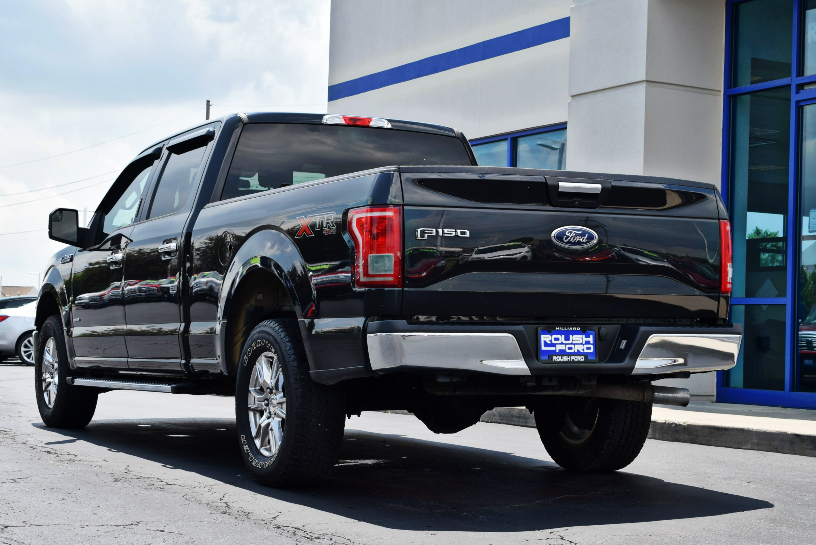 2015 F-150 SuperCrew Cab 4x4,  Pickup #TP2201 - photo 9