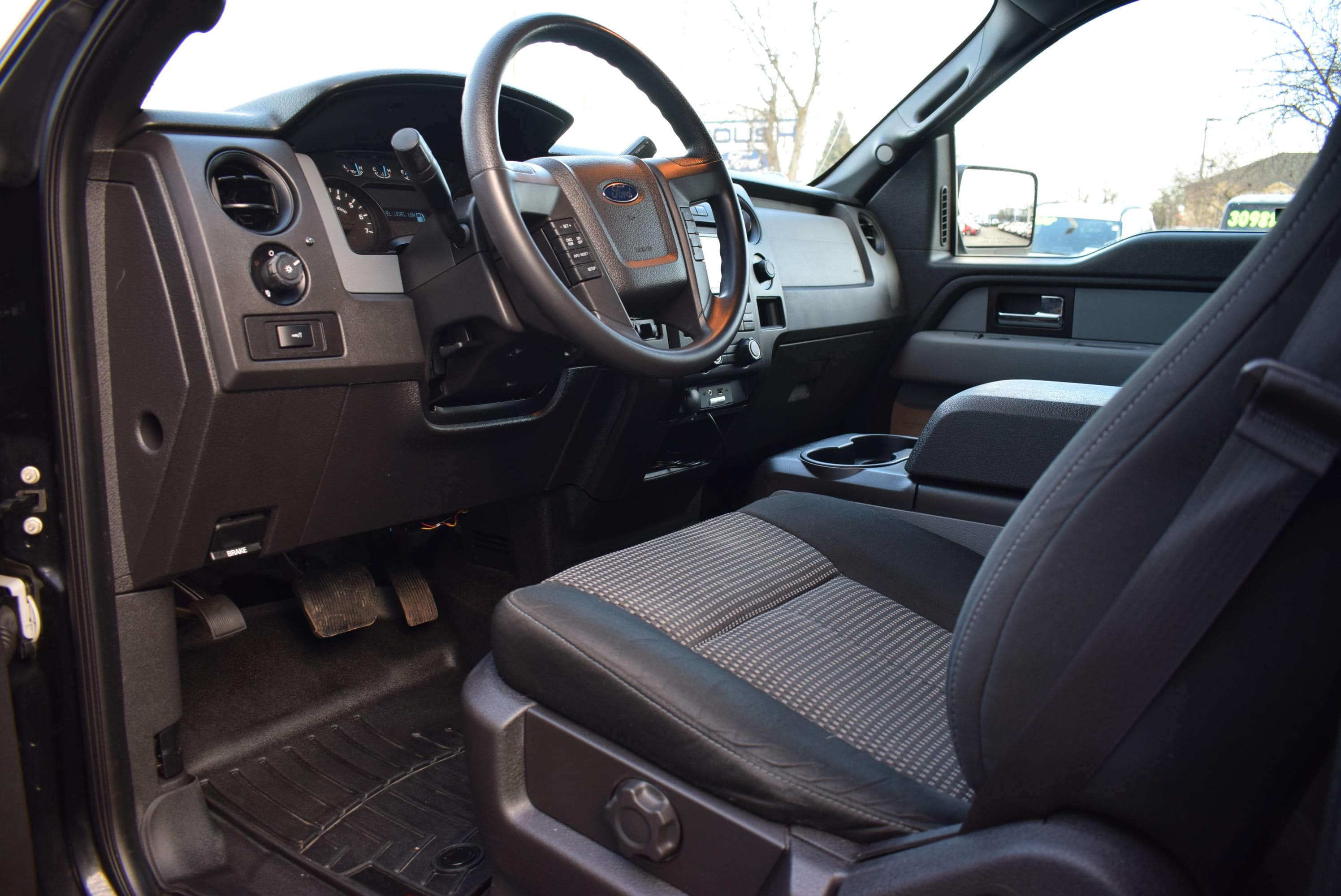 2014 F-150 SuperCrew Cab 4x4,  Pickup #TP2549 - photo 18