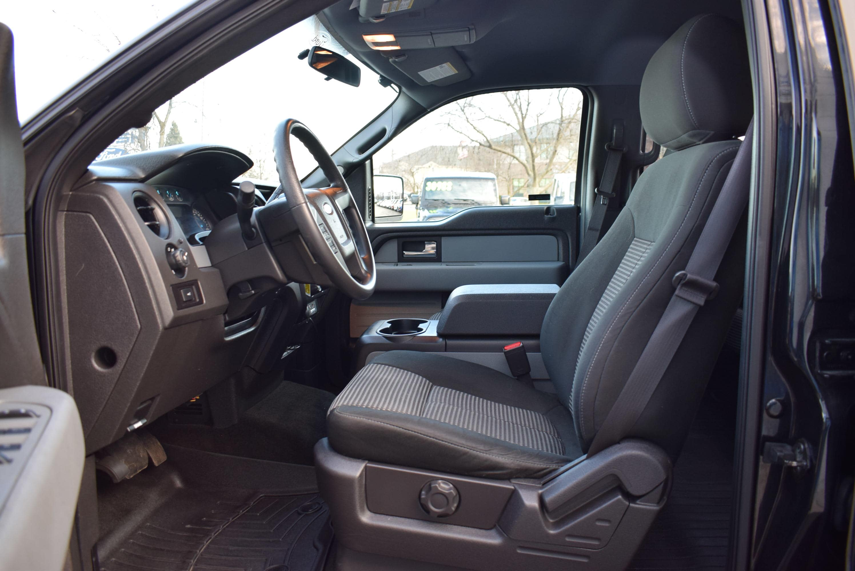 2014 F-150 SuperCrew Cab 4x4,  Pickup #TP2549 - photo 19