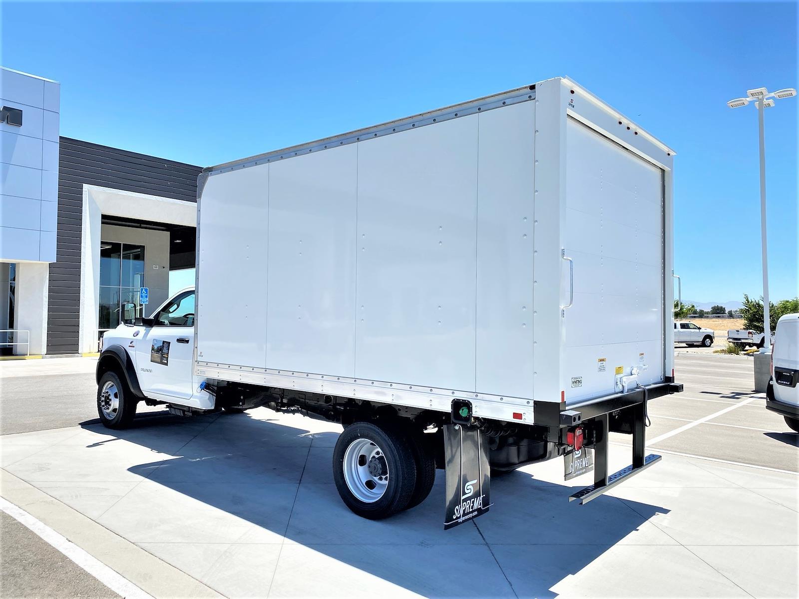 2020 Ram 5500 Regular Cab DRW 4x2, Supreme Iner-City Dry Freight #XCC53640 - photo 4