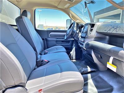 2020 Ram 5500 Regular Cab DRW 4x2, Supreme Iner-City Dry Freight #XCC53640 - photo 14