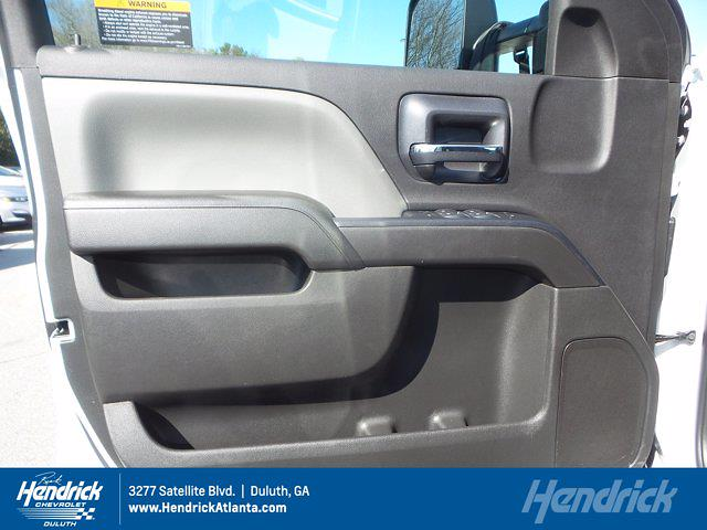 2020 Chevrolet Silverado 4500 Crew Cab DRW 4x2, Cab Chassis #CM46432A - photo 17