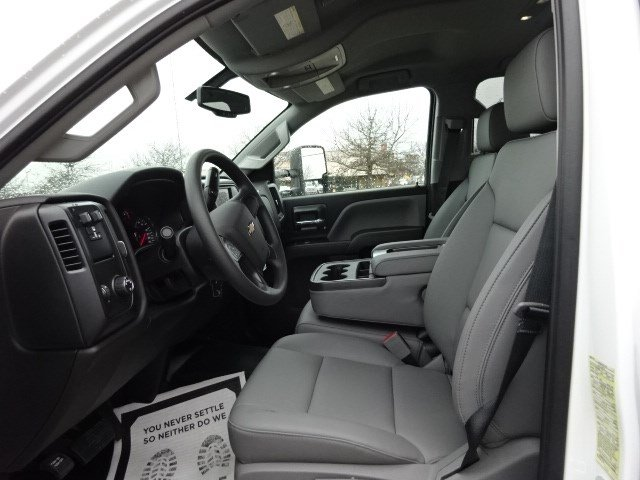 2019 Silverado 2500 Double Cab 4x2,  Knapheide Service Body #M1133422 - photo 10