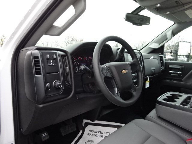 2019 Silverado 2500 Double Cab 4x2,  Knapheide Service Body #M1133422 - photo 14