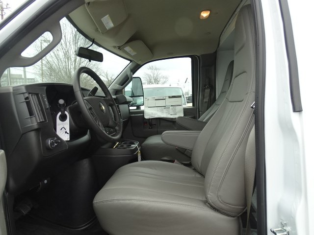 2020 Chevrolet Express 3500 4x2, Reading RVSL Service Utility Van #M1211828 - photo 10
