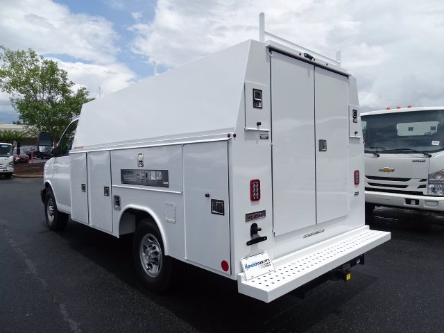 2020 Chevrolet Express 3500 RWD, Reading Service Utility Van #M1211968 - photo 1