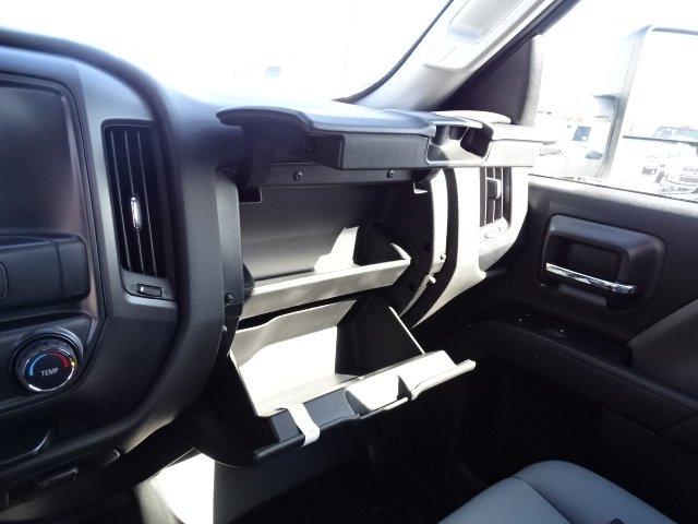 2019 Silverado 2500 Double Cab 4x2, Reading SL Service Body #M1223106 - photo 16