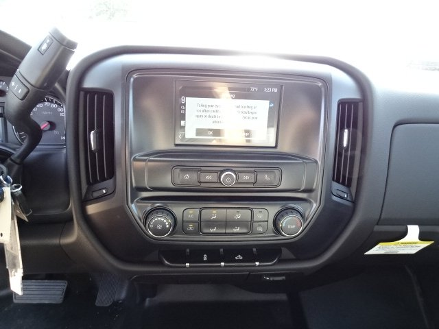2019 Silverado 2500 Double Cab 4x2, Reading SL Service Body #M1225335 - photo 15