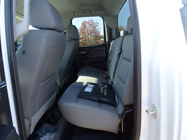 2019 Silverado 2500 Double Cab 4x2, Reading SL Service Body #M1225335 - photo 9