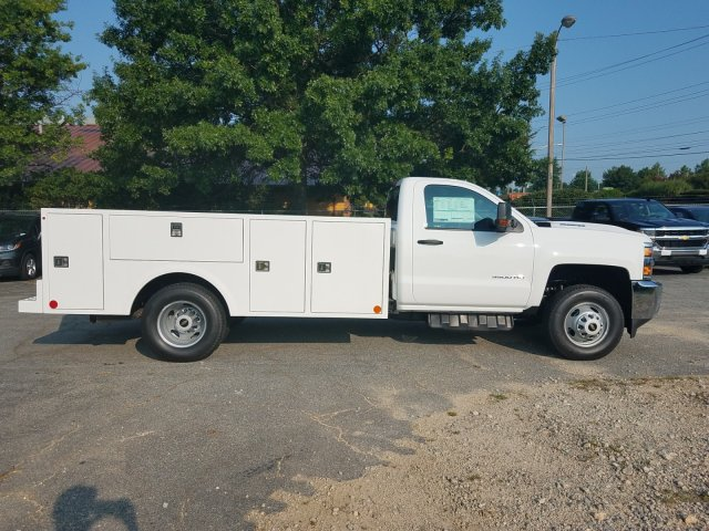 2019 Silverado 3500 Regular Cab DRW 4x4,  Warner Service Body #MF106227 - photo 4