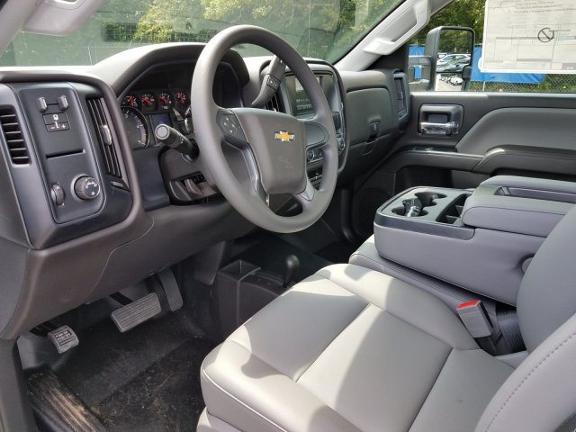 2019 Silverado 3500 Regular Cab DRW 4x4,  Warner Service Body #MF108631 - photo 17