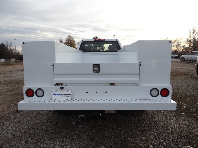 2019 Silverado 3500 Regular Cab DRW 4x2,  Warner Service Body #MF146437 - photo 3