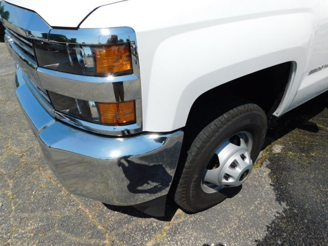 2018 Silverado 3500 Regular Cab DRW 4x4,  Warner Service Body #MF245465 - photo 9