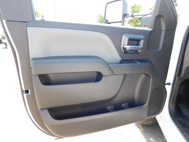 2018 Silverado 3500 Regular Cab DRW 4x4,  Warner Service Body #MF245465 - photo 12