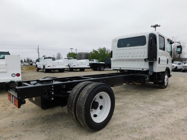 2017 LCF 4500 Crew Cab 4x2,  Cab Chassis #MS809351 - photo 2