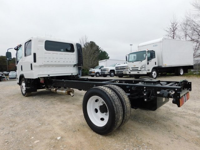 2017 LCF 4500 Crew Cab 4x2,  Cab Chassis #MS809351 - photo 6