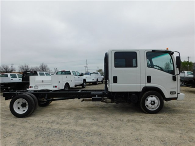 2017 LCF 4500 Crew Cab 4x2,  Cab Chassis #MS809351 - photo 4