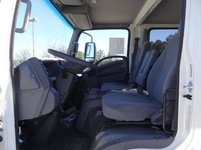 2018 LCF 3500 Crew Cab,  Cab Chassis #MS811563 - photo 6