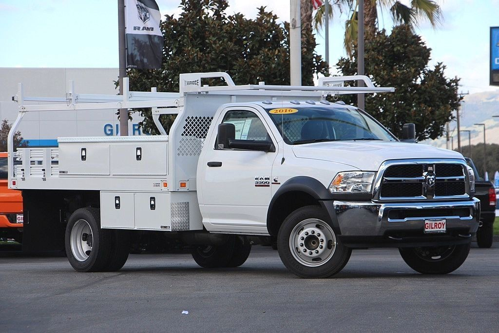 2016 Ram 5500 Regular Cab DRW, Contractor Body #35817 - photo 27