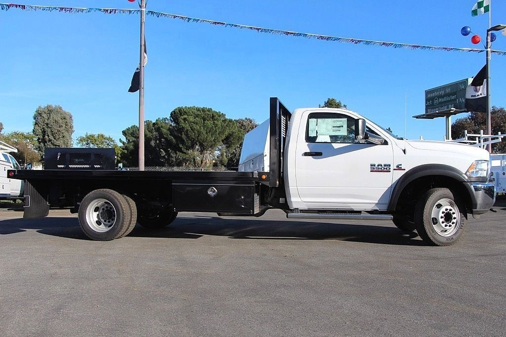 2017 Ram 5500 Regular Cab DRW 4x4, Platform Body #42546 - photo 5