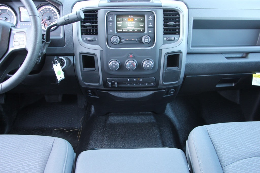 2017 Ram 4500 Crew Cab DRW, Platform Body #44469 - photo 10
