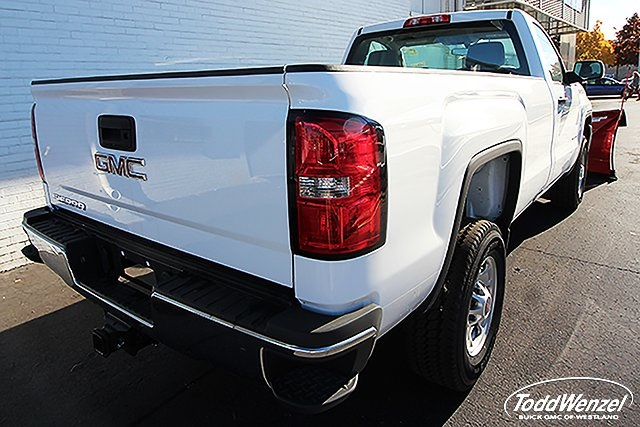 2016 Sierra 2500 Regular Cab 4x4, Pickup #CW600227 - photo 2